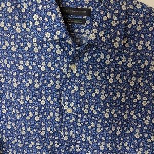 Tommy Hilfiger Shirts - Casual Men's Button Down